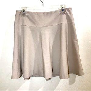 NWT New York & Co Size 6 Khaki Skirt Stretch